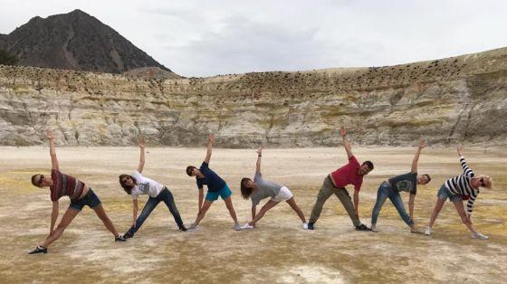 yoga3-560